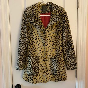 Faux Leapord/Cheetah Coat, Size XS